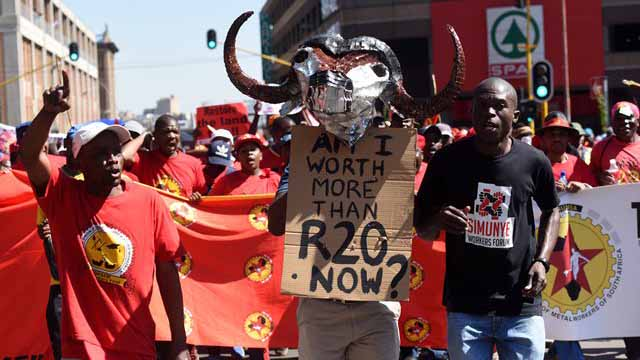 Protesters during a march in the Johannesburg CBD by Saftu. Picture: Nigel Sibanda
