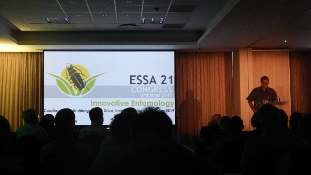 Des Conlong welcomes delegates to the 21st ESSA Congress
